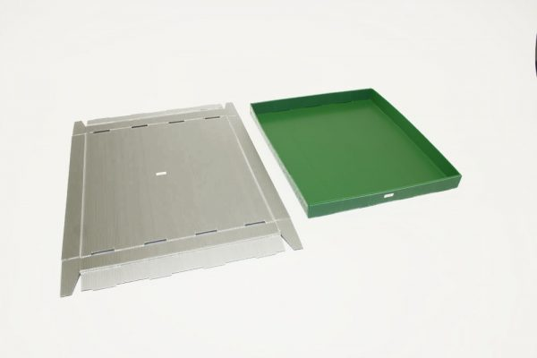 Kihtplastist kast 620x546x52